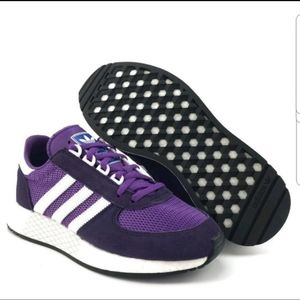 Adidas NWT Marathon Tech Boost sneakers size 9